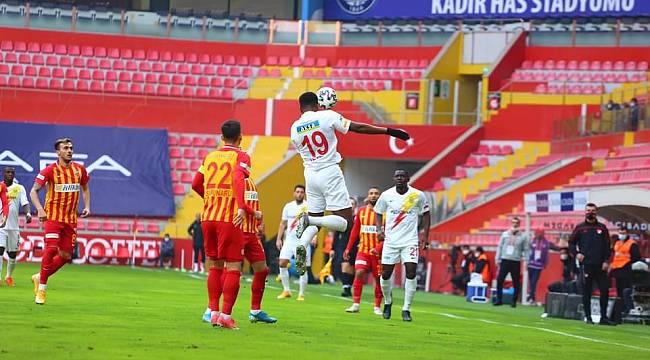 Y.Malatyspor Kayseri'de Hayal Kırıklığı Yarattı 1-0