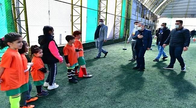 Yeşilyurt Futbol Okulunda Geleceğin Yıldızları Yetişiyor