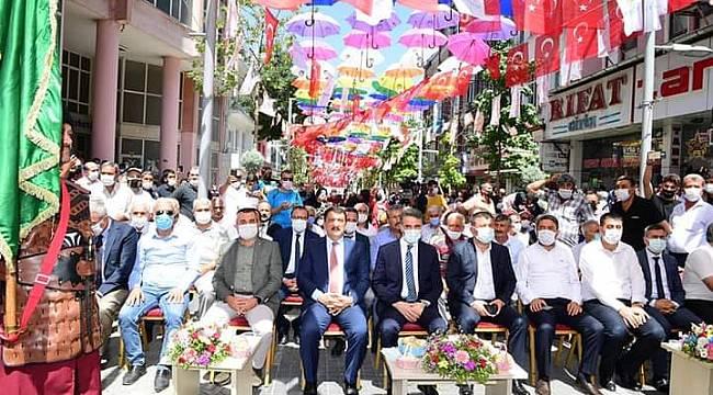 Malatya'da 24. Kayısı Festivali Coşkulu Başladı