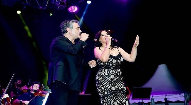 Malatya'da Kutsi Ve Zara Konserine Yoğun İlgi