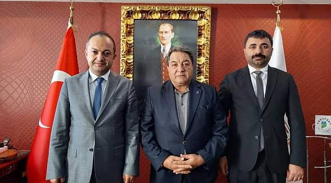 """MHP""""den Baro Başkanı Demez'e Ziyaret"""